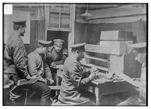 Censoring prisoners' mail -- Doeberitz (LOC) Bain News Service,, publisher.